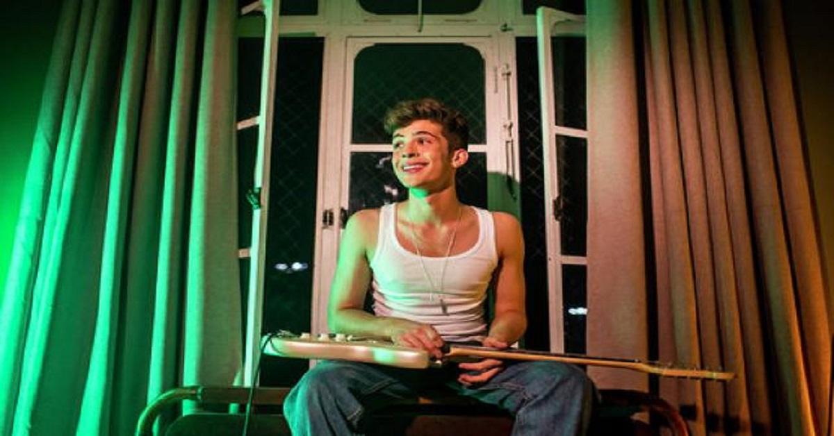 O ator João Guilherme é filho do famoso cantor Leonardo e sua carreira nas  telinhas está sendo um total sucesso. Ele é o conhecido ex da queridinha do  SBT, ... c5bb43a10a
